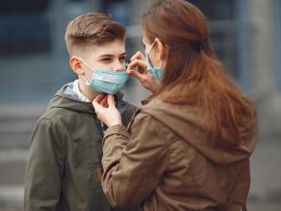 Как часто менять медицинскую маску?