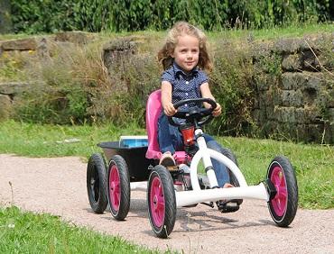 Веломобиль - отличная игрушка для детей всех возрастов