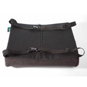 Подушка ортопедическая Correct Shape Correct line под поясницу 33х30/9 Серая - изображение 4 - интернет-магазин tricolor.com.ua