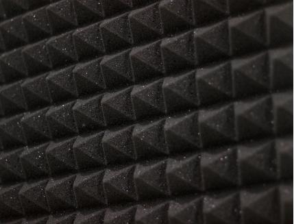 Панель «Пирамида» из негорючего (самозатухающего) акустического поролона EchoFom «Brilliance» 600х600х50 мм черная - изображение 4 - интернет-магазин tricolor.com.ua