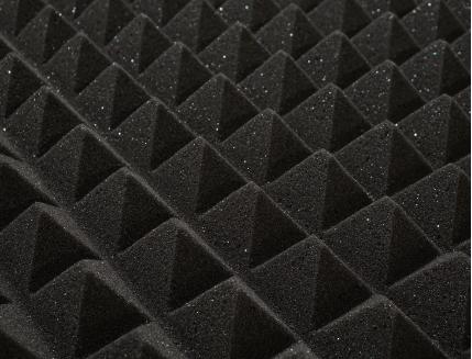 Панель «Пирамида» из негорючего (самозатухающего) акустического поролона EchoFom «Brilliance» 600х600х50 мм черная - изображение 5 - интернет-магазин tricolor.com.ua