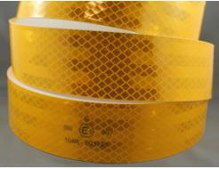 Лента светоотражающая 3М Diamond Grade 997-71 54мм/1м желтая для маркировки тентов - изображение 3 - интернет-магазин tricolor.com.ua
