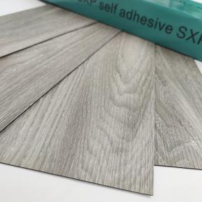 Самоклеящийся гибкий ламинат серое дерево СВП-001 - изображение 3 - интернет-магазин tricolor.com.ua