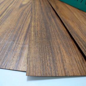 Самоклеящийся гибкий ламинат темное дерево СВП-004 - изображение 2 - интернет-магазин tricolor.com.ua