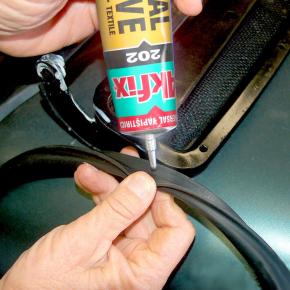 Универсальный контактный клей Akfix 202 - изображение 3 - интернет-магазин tricolor.com.ua