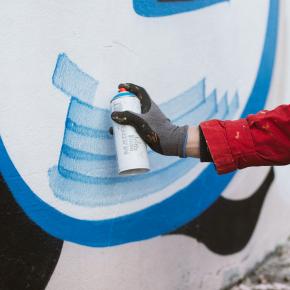 Краска акриловая Montana Marble эффект мрамора EM6100 Pastel Green - изображение 9 - интернет-магазин tricolor.com.ua