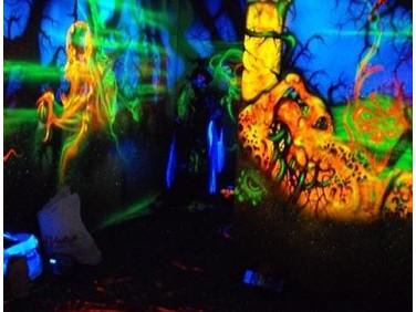 Краска флуоресцентная AcmeLight для бетона оранжевая