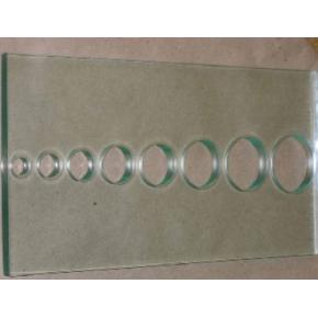 Сверление отверстий диаметром 14,15,20,26,30,35мм стекла 4 мм