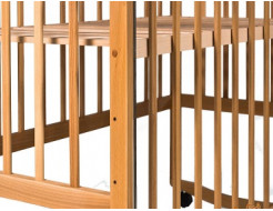 Купить Кроватка с подвижной боковиной, дугами и колесами 1200x600 - 4