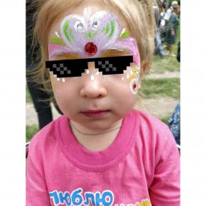 Аквагрим гипоаллергенный Tricolor - 10 малиновый - изображение 16 - интернет-магазин tricolor.com.ua