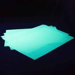 Светящаяся люминесцентная бумага А4 AcmeLight голубое свечение
